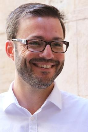 04/12/2015.- Café Legal con el alcalde de Palma José Hila