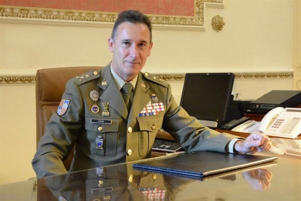 04/03/2016.- Café Legal con el señor Fernando Aznar Ladrón de Guevara, Comandante General de Baleares